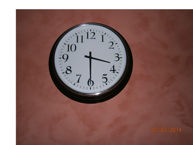 Aux bonnes affaires de greux for Grosse horloge murale design