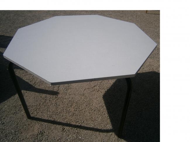 aux bonnes affaires de greux. Black Bedroom Furniture Sets. Home Design Ideas